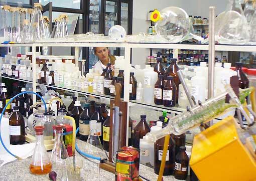 Rosamonte_laboratorium.jpg